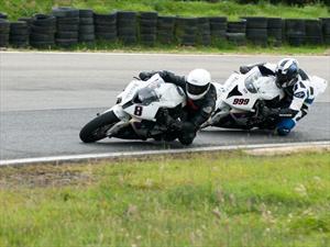 BMW Motorrad Team Colombia debuta con el 1-2 en la temporada 2012