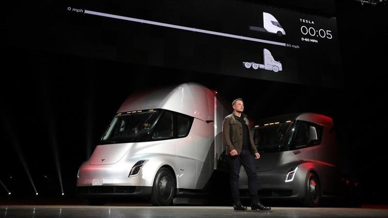 Elon Musk quiere producir el camión Tesla Semi