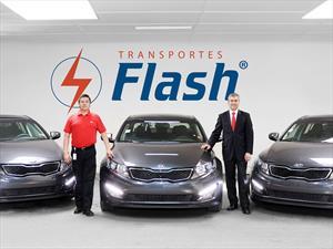 Transportes Nuevo Flash incorpora flota de Kia Optima híbridos