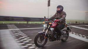 Honda CB300R a prueba, la nueva opción de la marca en cilindradas medias