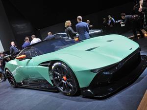 Aston Martin Vulcan, pocos tendrán la dicha de conducirlo