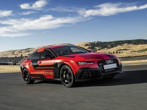 Audi RS7 piloted driving concept suelto en la pista