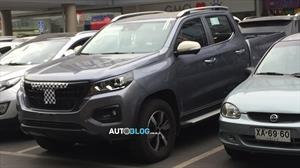 La nueva camioneta de Peugeot fue espiada en Chile