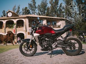 Prueba Honda CB300R, una apuesta neo-retro