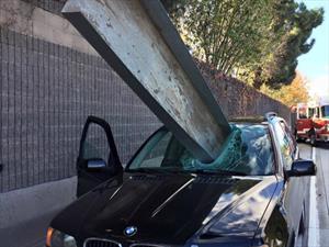 Impresionante accidente de un BMW X5, el conductor resulta ileso