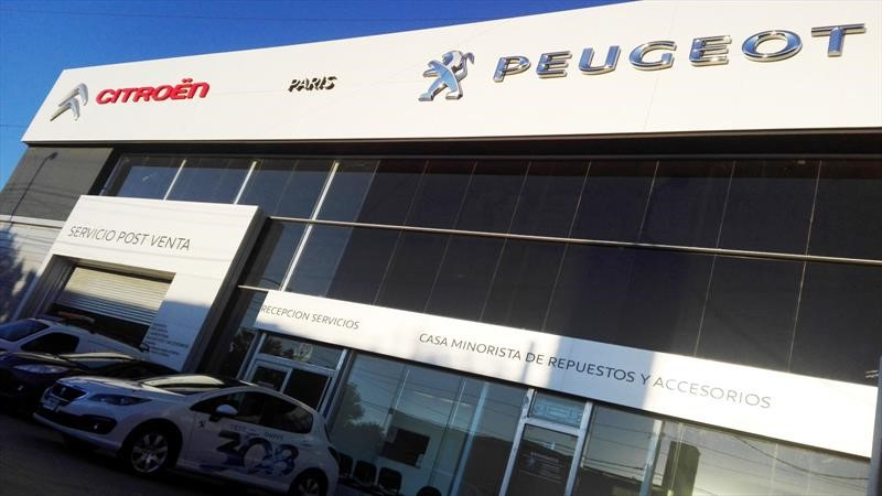Peugeot y Citroën reabren concesionarios en algunas ciudades de Argentina