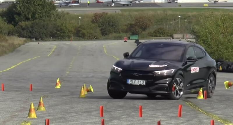 Ford Mustang Mach-E se enfrenta a la prueba del alce