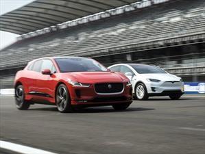 Video: Tesla Model X y Jaguar I-Pace, un duelo electrizante