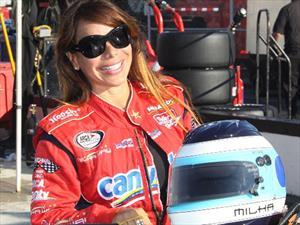 Milka Duno, primera piloto latina que competirá en NASCAR