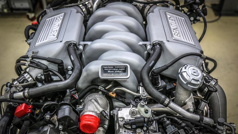 Tras más de seis décadas, Bentley construyó el último motor V8 de 6.75 litros