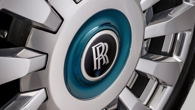 Rolls-Royce parece no sentir el COVID-19 y hace historia