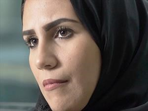Mujeres saudís aprenden a manejar gracias a Nissan