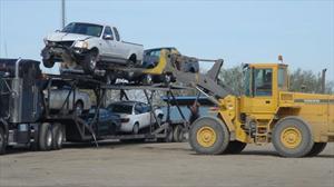 Urge frenar amparos que facilitan la importación de autos usados: AMDA
