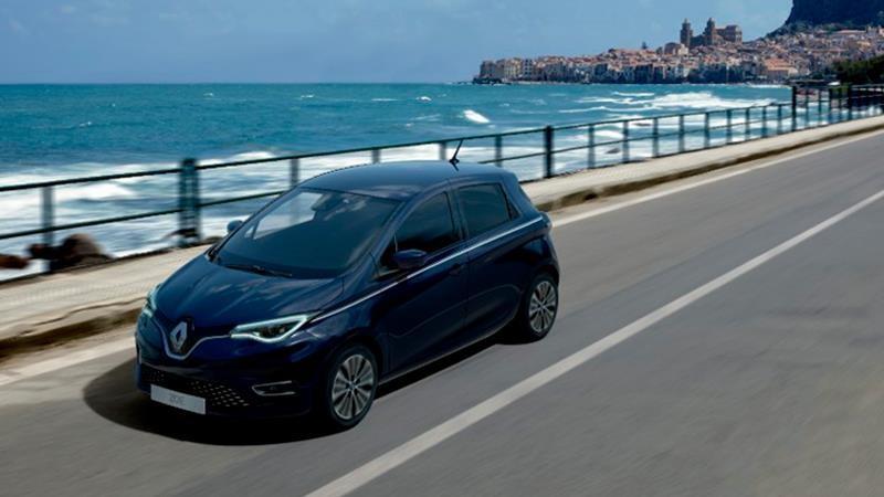 Francia otorga 13,000 dólares para compra de autos eléctricos