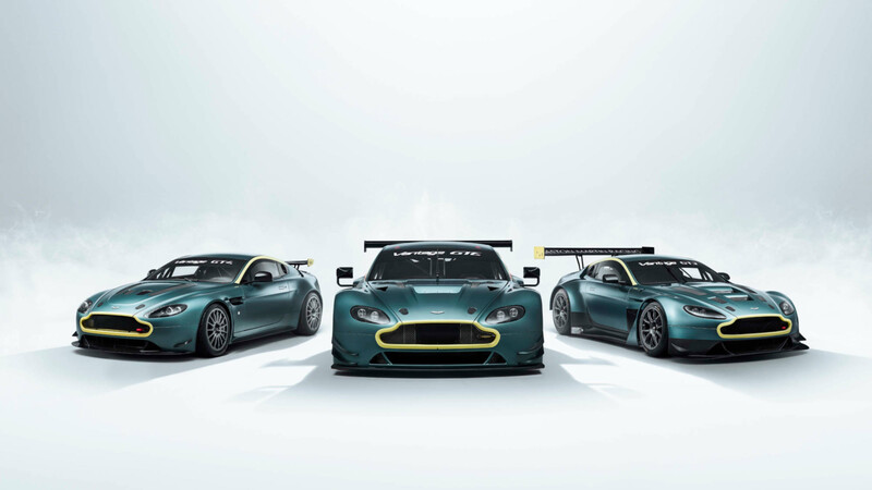 Aston Martin Vantage Legacy Collection, 3 históricos carros de competencia