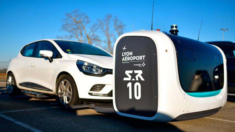 ¿Dejarías que un robot autónomo estacione tu auto en el aeropuerto?