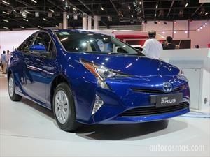 Toyota Prius llega a la Argentina ¿Qué novedades hay del Corolla y el Etios?