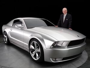 El padre del Ford Mustang cumplió 88 años