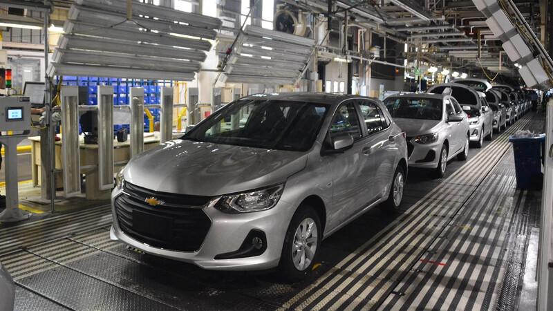 La falta de piezas electrónicas afecta la producción del Chevrolet Onix
