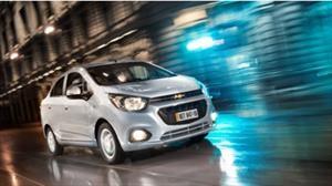 Chevrolet Beat y Spark dominan el segmento de autos de entrada en Colombia