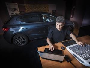 ¿Cómo se construye un buen sistema de sonido para un auto?