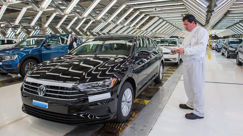 Volkswagen suspende la producción del Jetta y Tiguan en la planta de Puebla