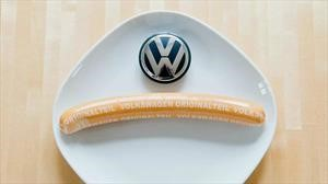 Volkswagen vende más salchichas que carros