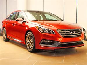 Hyundai Sonata 2015: Rejuvenecimiento facial para enfrentar la competencia