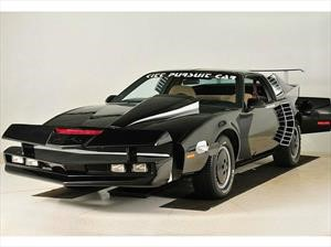 El último ejemplar de KITT, el Auto Increíble de Knight Rider, será subastado