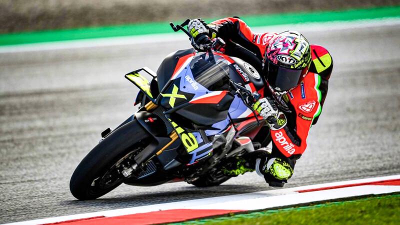 Aprilia Tuono V4 X: MotoGP naked