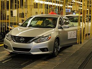Nissan inicia la producción del Altima 2016