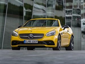 Mercedes-Benz SLC Final Edition se despide en su color original