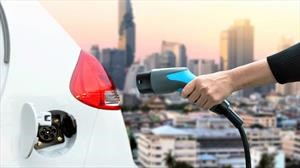 Feria de conocimientos sobre vehículos eléctricos e híbridos