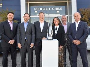 Peugeot Chile recibe premio como mejor filial del Grupo PSA