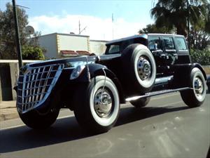 Jeep Wrangler limusina una modificación monstruosa