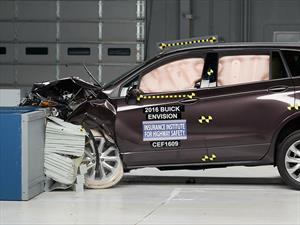 Buick Envision 2017 galardonada con el Top Safety Pick+ del IIHS