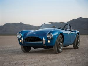 El Cobra 1962 vuelve a la vida de la mano de AC Cars
