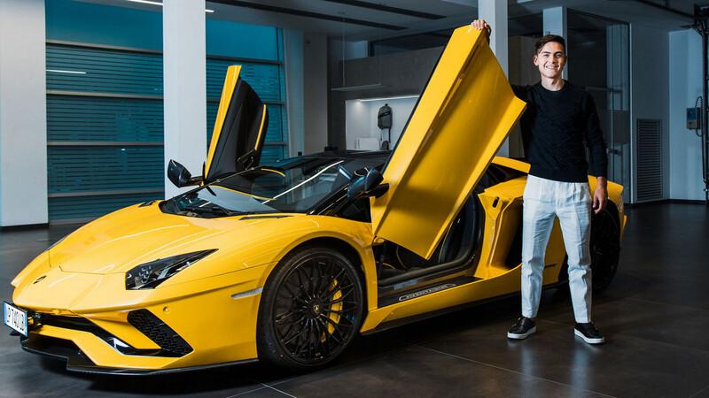 Paulo Dybala ahora tiene un Lamborghini Aventador S Roadster
