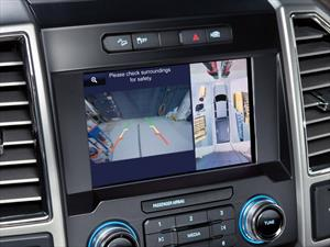 La importancia de la cámara de visión trasera en los autos