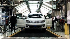 La industria automotriz argentina cae en picada