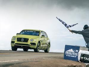 Bentley Bentayga establece récord como el SUV más rápido de Pikes Peak