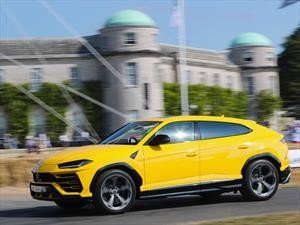 Goodwood 2018: Lamborghini Urus y Huracan en la misma pista