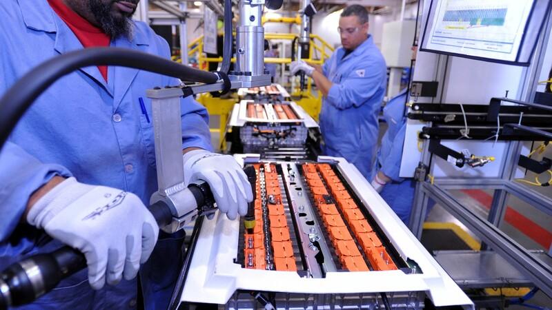 Ford y SK Innovation producirán baterías para vehículos eléctricos en Estados Unidos