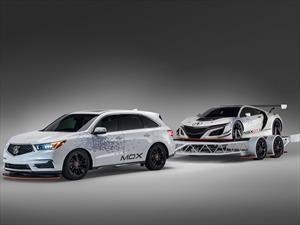 Acura MDX 2017 remolca al NSX GT3
