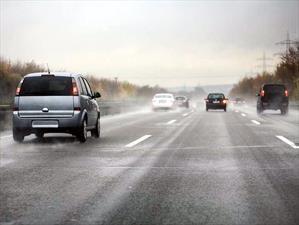 Qué es el hielo negro o black ice y cómo afrontarlo al momento de conducir