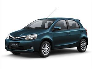 Toyota Etios ahora con más equipamiento y colores