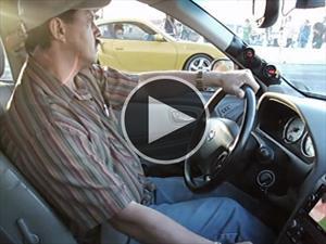 Video:Un Nissan Máxima humilla a un Porsche 911 Turbo en un arrancón