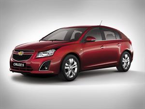 Chevrolet Cruze presenta novedades
