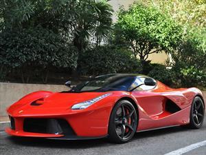 Lewis Hamilton compra un Ferrari LaFerrari