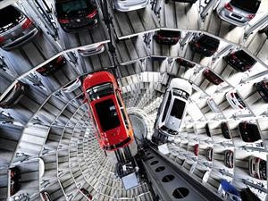 Volkswagen sigue siendo el grupo automotor más grande del mundo